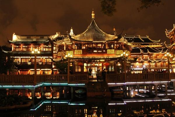古建筑照明设计体现了古建筑文化的独特性