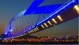 桥梁景观亮化工程要体现个性化的特点