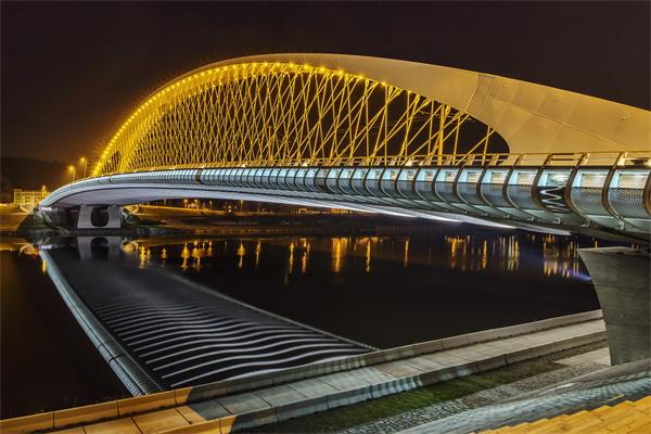 大桥灯光照明