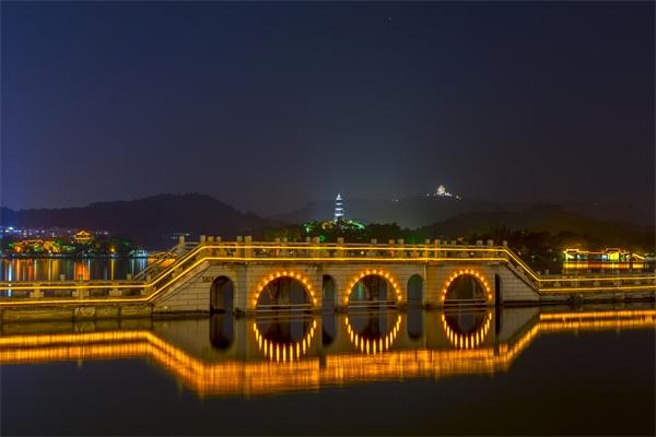 桥梁夜景亮化-是桥梁艺术美学的呈现