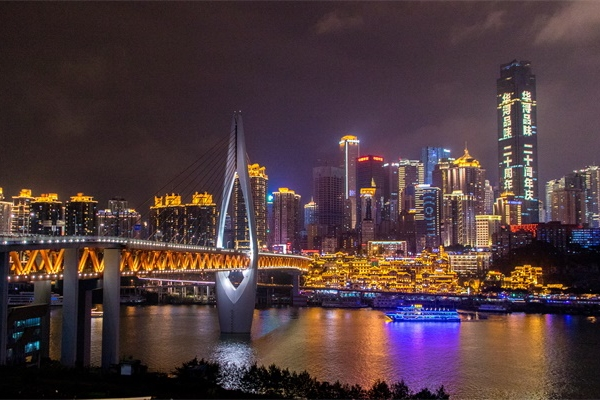 城市夜景灯光照明提高了城市经济文化发展