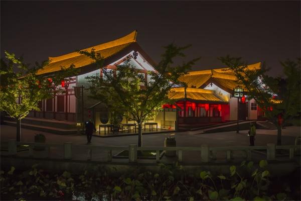 城市夜景亮化设计夜间照明要适度