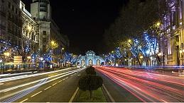 城市道路夜景照明观赏性功能渐渐变得重要