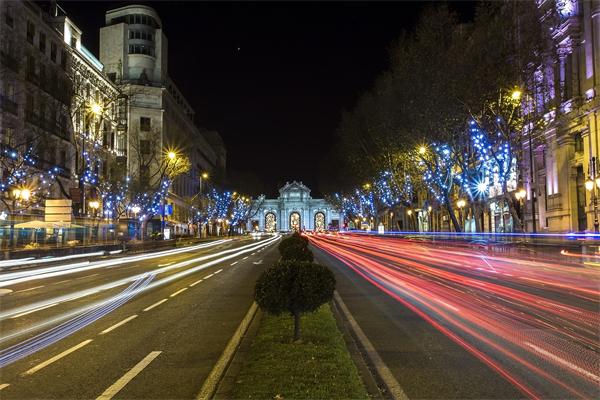 城市道路夜景照明