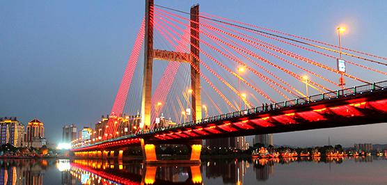 亮化工程第二部桥架、导管布设