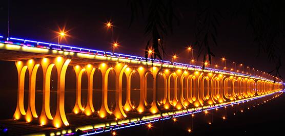 大桥亮化设计中灯具及设备安装