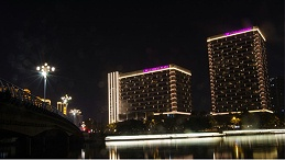 建筑夜景照明与建筑自身文化融为一体