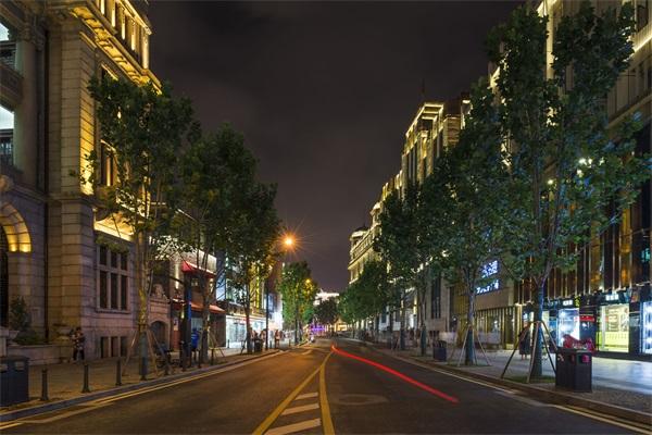 商业街灯光亮化