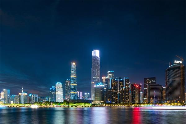 灯光照明工程可分为功能照明和景观照明