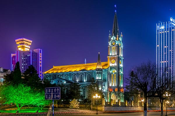教堂亮化方案