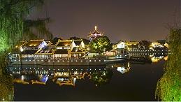 夜游灯光工程让景区在光的映衬下更加多彩动人