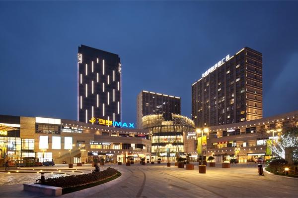 商场外墙照明设计是增强商场形象不可或缺的元素