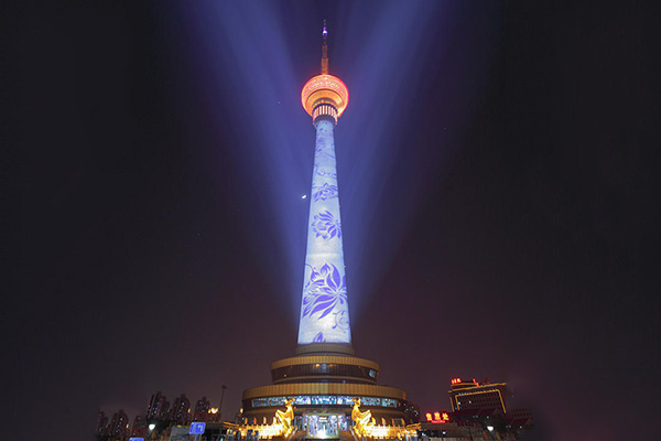 铁塔广告亮化-城市地标性建筑