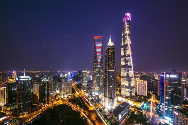 城市建筑灯光秀可以促进商业发展