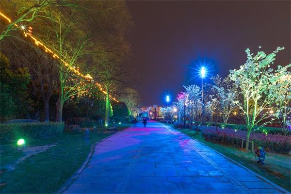 城市夜间照明