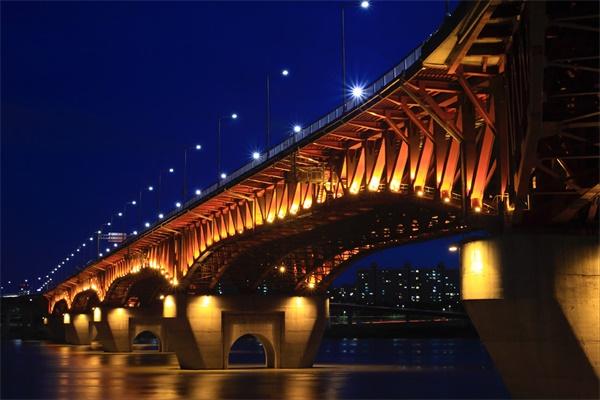 桥梁照明工程