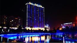 建筑夜景照明设计增加了建筑的趣味性