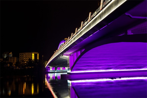 大桥夜景灯光亮化