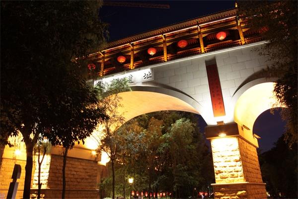 城市夜景亮化工程展现秀丽亮化美景